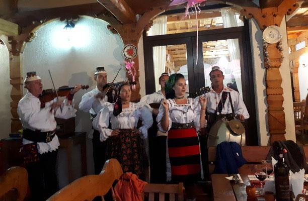 Typische Volksmusik aus der Gegend