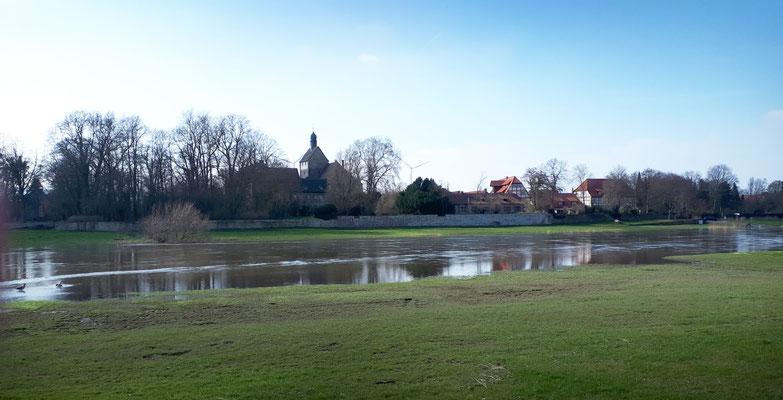 Blick auf das ehemalige Schloss Grohnde