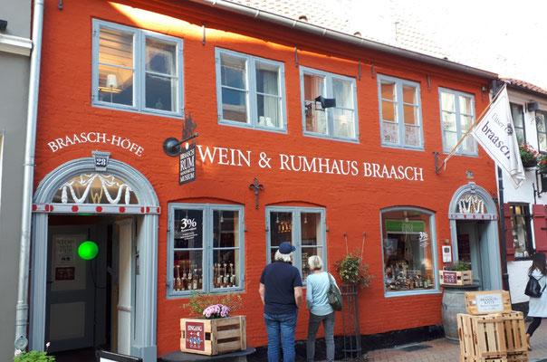 einer der letzten Rumfabrikanten in Flensburg