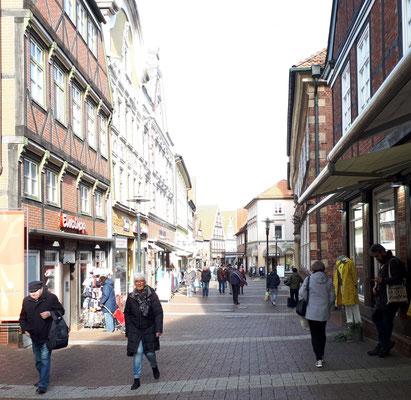 Fußgängerzone, Shoppingmeile