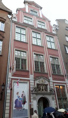 Mit viel Liebe rekonstruierte Fassaden