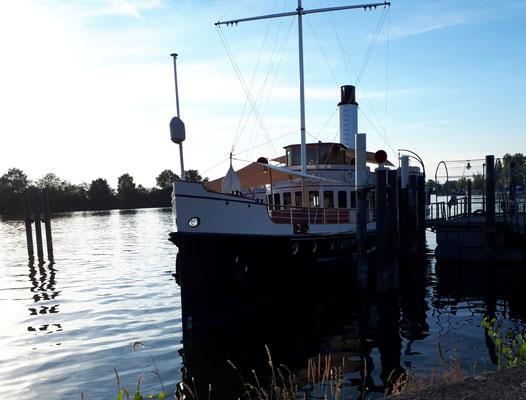 Die Hohentwiel, ein Oldtimer-Schiff