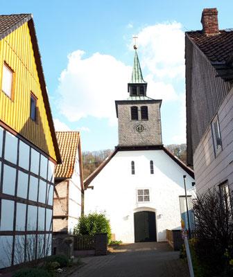 die kleine Kirche von Pegestorf