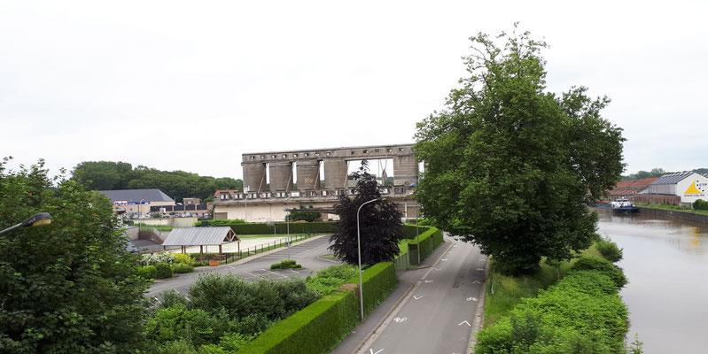 Industriebrache am Rand der Innenstadt von Tournai