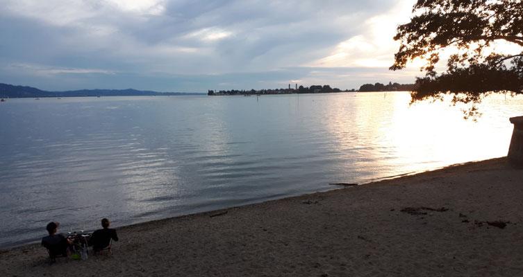 Der Bodensee, die Sonne gehtvunter