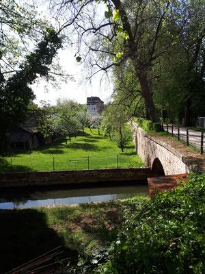 Ehemaliger Wassergraben vor der Stadtmauer