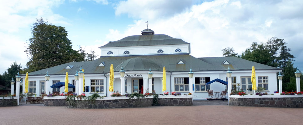 Die Strandhalle