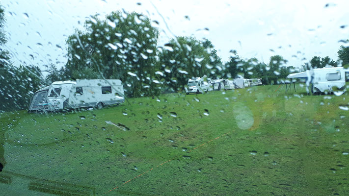 Dauerregen am Freitag