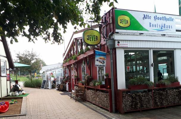 Restaurant-Meile an der Dieksee-Promenade in Malente