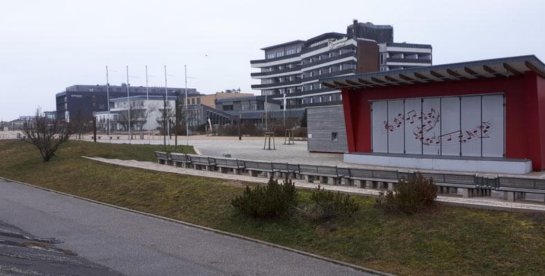 St. Peter-Bad, Dünen-Hus an der Seepromenade