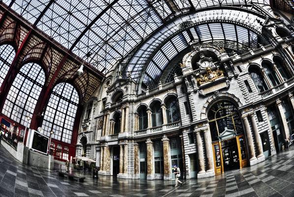 Centralbahnhof von Antwerpen, Quelle Visitantwerpen, Dave Van Laere