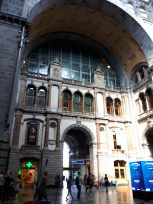 Der Central-Bahnhof