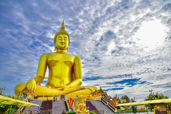 Wat Muang at Ang Thong