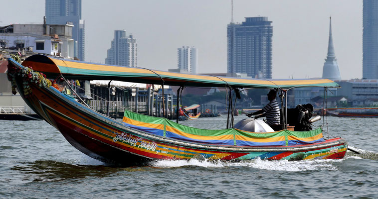 Longtail Boat Cruise on the Chao Praya or * River of Kings *