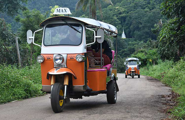 Tuk Tuk on Tour