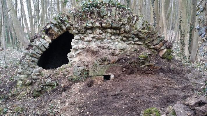 dégagement d'une ouverture dans le mur du fond