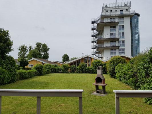 Garten mit Ausblick auf Müritzturm