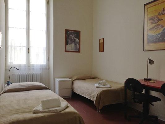 Camera doppia con i letti singoli