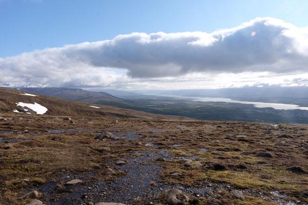 Aussicht vom Bergpass auf Egilsstadir