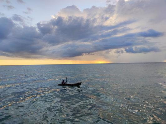 Sonnenuntergang bei Uncle Chang's, Mabul Island, Sabah, Borneo, Malaysia
