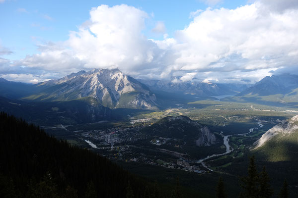 Viewpoint Sulphur Mountain / Blick auf Banff