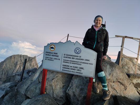 Ich am Gipfel des Low's Peak, Mount Kinabalu in 4.095m Höhe