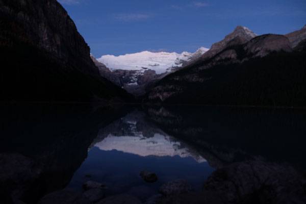 Lake Louise morgens um halb 7