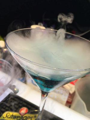 Rauchender Cocktail