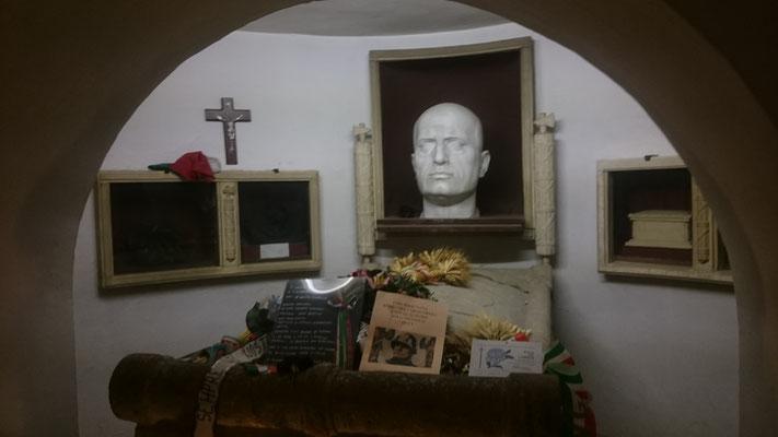 Cripta Mussolini