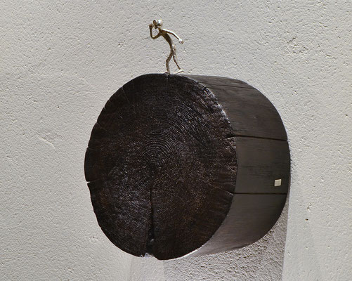 Silber und Holz Skulptur What did you say? Künstler Holger Schulz Schweden