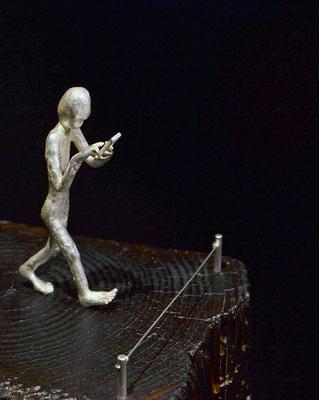 New Blindness Skulptur von Holger Schulz Schweden Silberguss und Holz