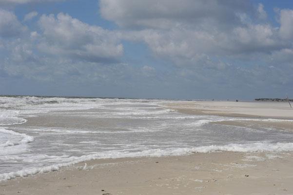 Unendliche Weite am breiten Strand