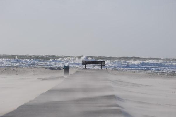 Kräftiger Wind am Strand