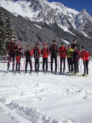 Gruppenfoto vor dem Antholzer See