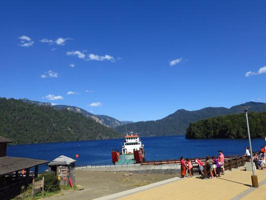 Fähre - Überfahrt über den Lago Pirehueico nach San Martin de los Andes / Argentinien