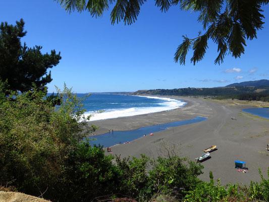 Pazifikküste bei Quilquen