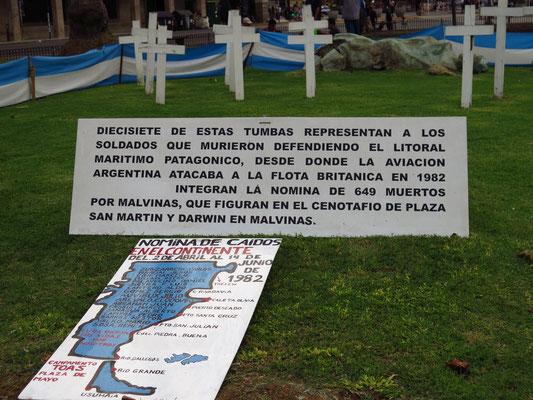 Mahnmal der gefallenen Soldaten im Falkland / Malvinas Krieg
