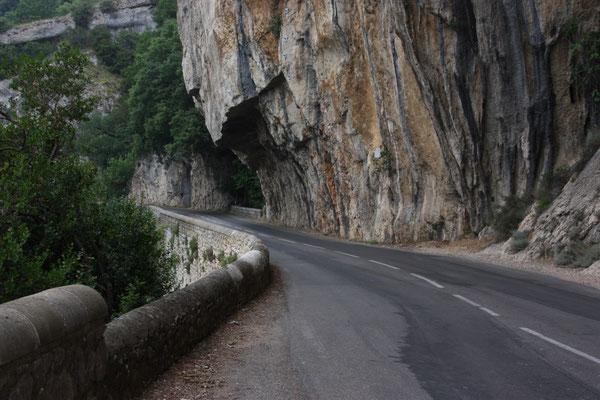 Straße direkt oberhalb der Ardeche