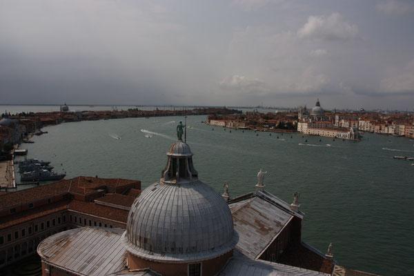 Blick vom Campanile der Kirche San Giorgio