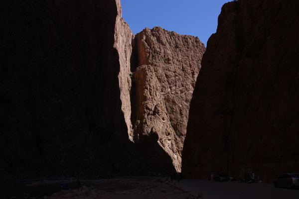 Die Todra-Schucht zählt zu den landschaftlichen Höhepunkten im Süden Marokkos