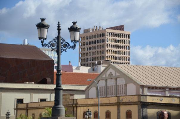 """Blick vom Markt auf """"unsere"""" Wohnung im 2.obersten Stockwerk, links"""
