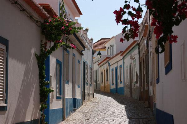 Am 17.09. fahren wir weiter nach Olhao in der Nähe von Faro. Unterwegs machen wir einen Stopp in Ferragudo.