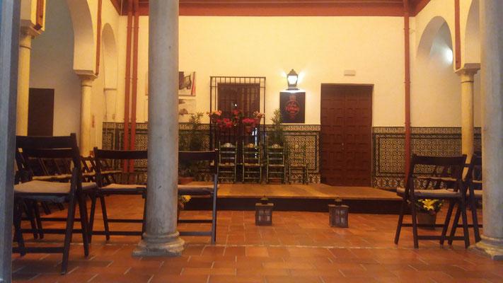 In diesem Raum hatten wir uns bei unserem ersten Besuch von Sevilla im Jahr 2010 eine Flamenco-Show angesehen