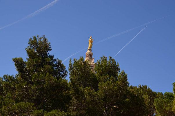 am frühen Morgen auf zur Notre Dame De La Garde