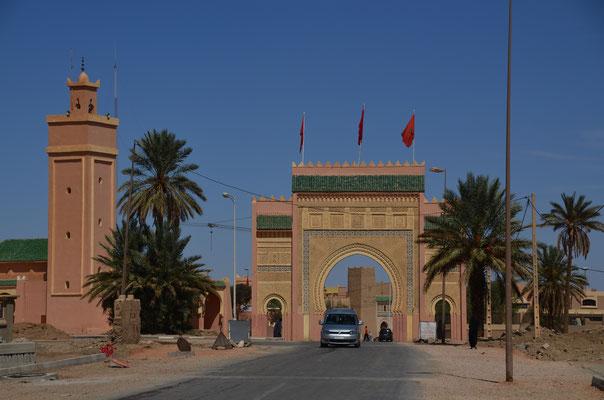 Das Stadttor von Rissani, einer Wüstenstadt in der Region Drâa-Tafilalet im Süden Marokkos.