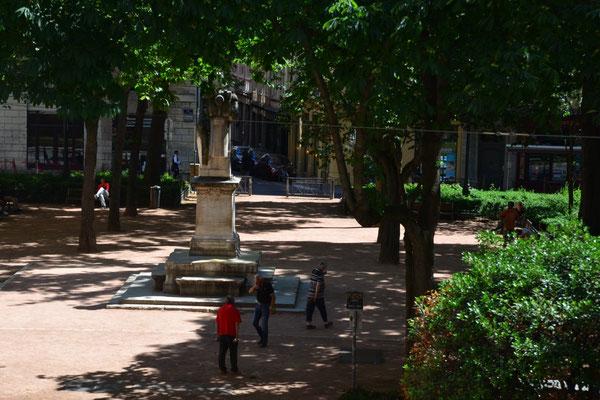 Ein sehr schöner Platz zum Spielen und Entspannen, der Place de Sathonay