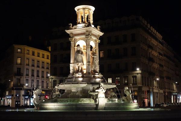 Brunnen am Place des Jacobines