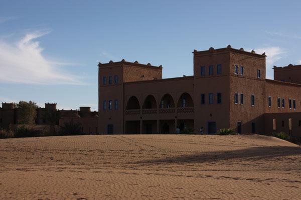 Hotel Kasbah Kanz Erremal, unsere Unterkunft in Merzouga