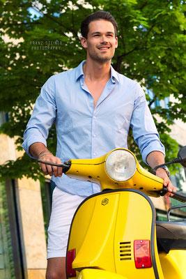 Foto von Max Bierler / Model / München / Roller / Motorrad