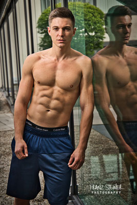 Foto von Phillip Schmitt / Trainer / Fitness First / München / Bodybuilding